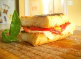Como hacer un sándwich de queso a la parrilla