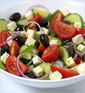 Como hacer ensalada griega (Receta)